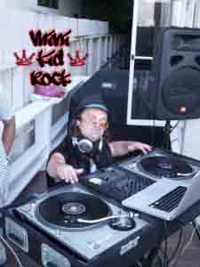 MINI-KID-ROCK-DJ-768x1024